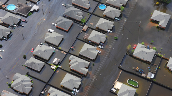 Emergency Flood cleanup sewage black water flooded homes